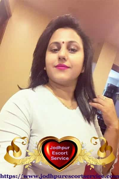 Bhavna - Porbandar Teen Escorts