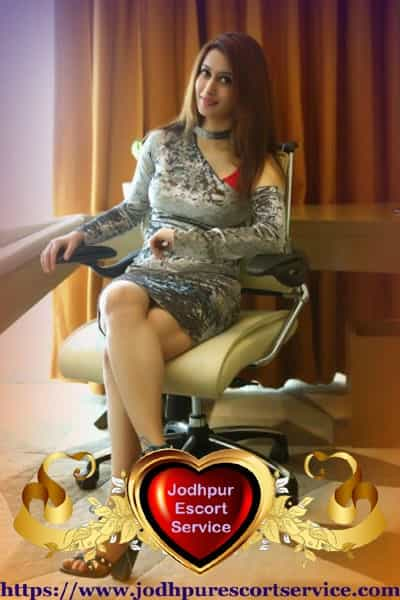 Ela - Porbandar Airhostess Escort